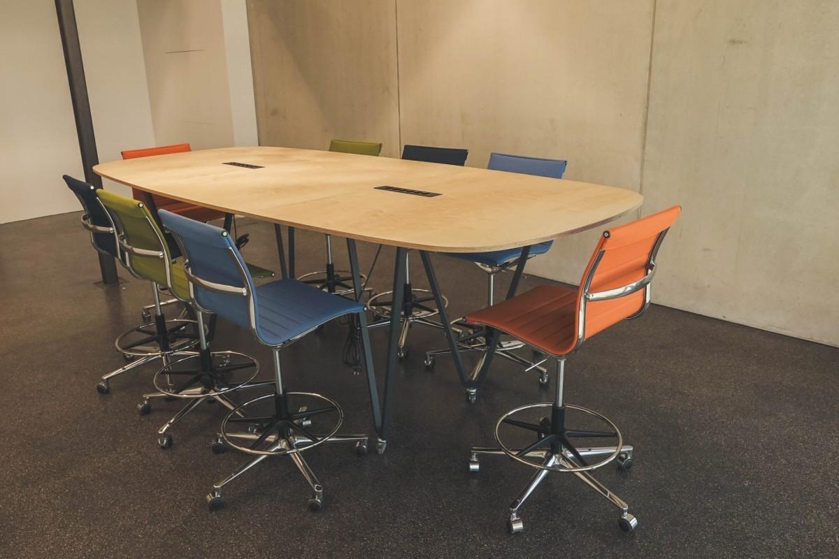 high-group-table-3ceff980755cc87eceff5fdbbb4e01e7