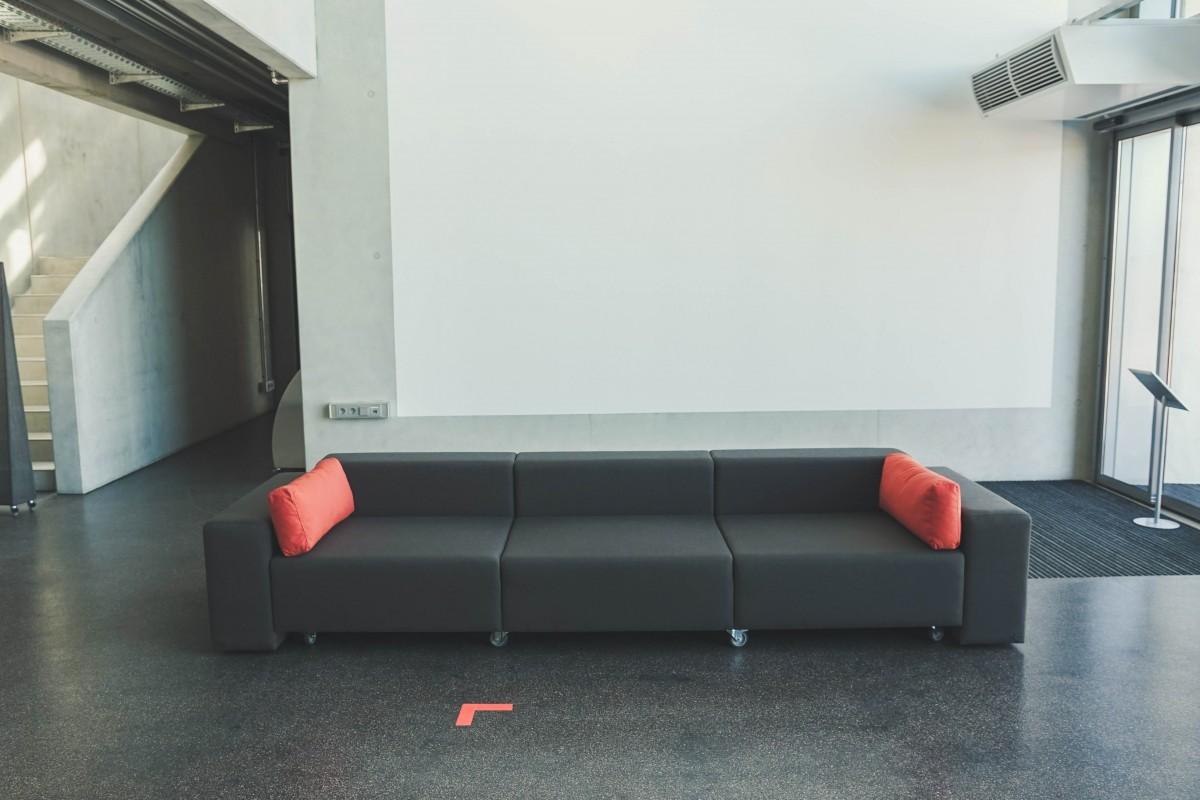 sofa-acfd02e1c18fa7b340b2eb1b0ab12e3f