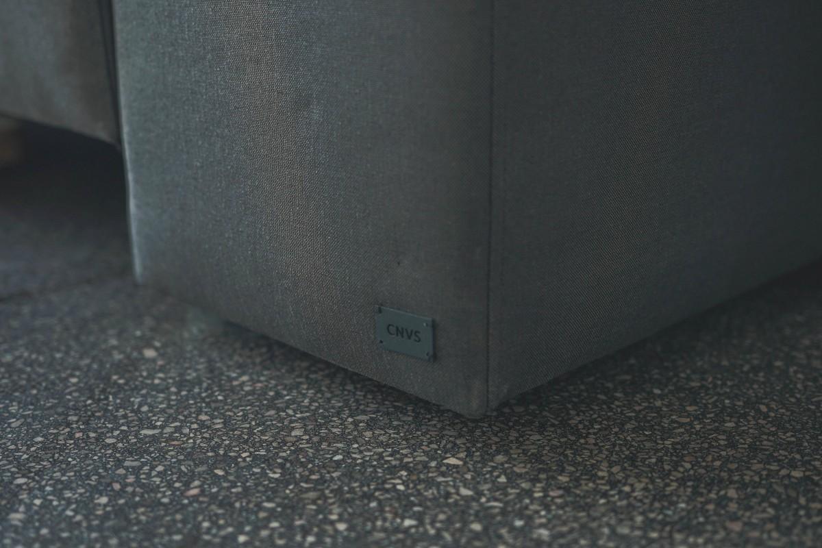 sofa_detail-d03fa594075f38c52aa76ce6b84d63c4
