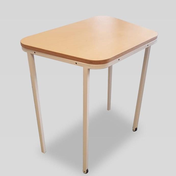 student-desk-48a67161148d7cef1803aa4a68d0227a